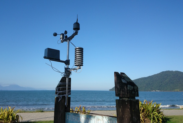 The mobile weather station attached to a sign on Ubatuba beach